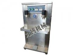 电动自吸式液体灌装机